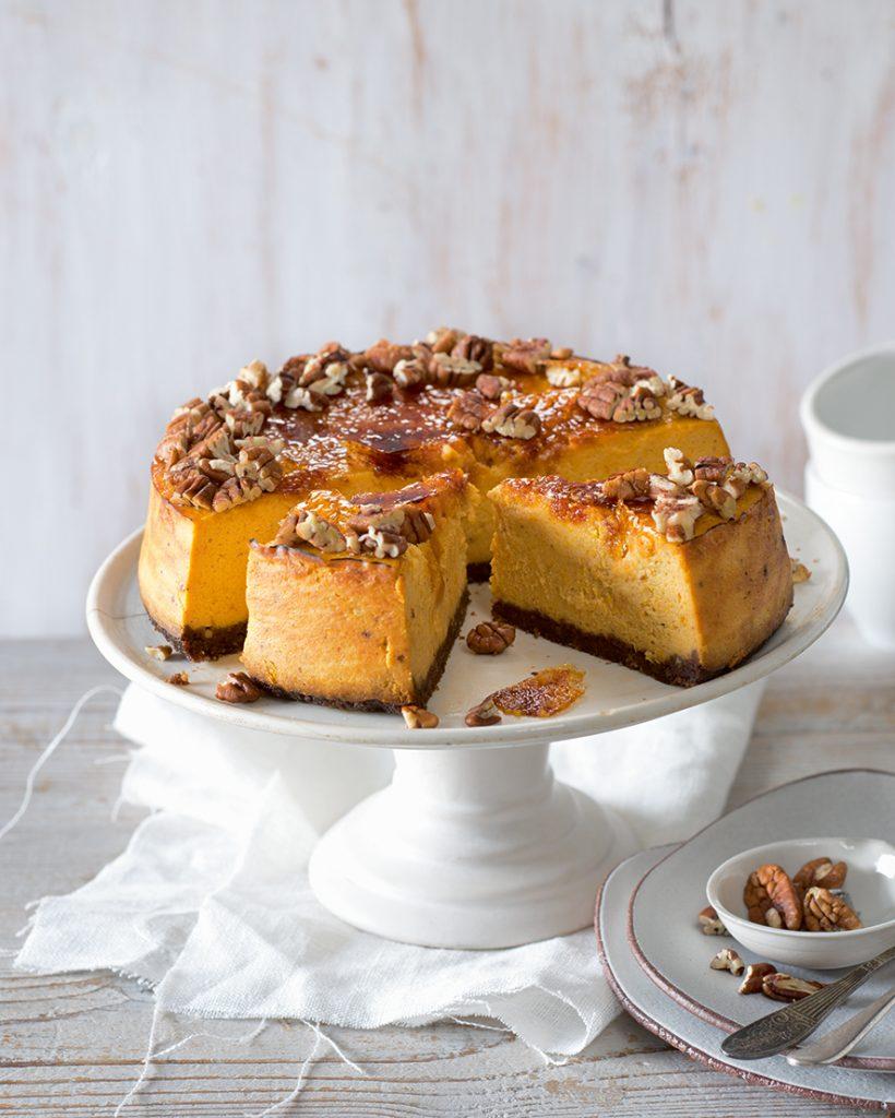 tekvicový cheesecake, Tekvicový cheesecake s karamelovou krustou a pekanovými orechmi