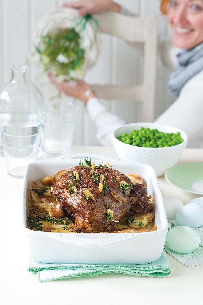 jahňacie, Pomaly pečené jahňacie stehno so zemiakmi boulangère